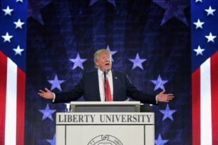 18-donald-trump-liberty-university.w529.h352